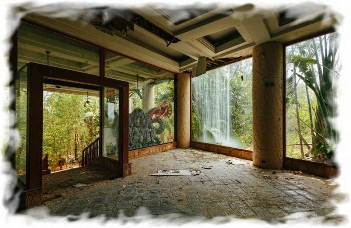 Abandoned hotel in Thailand (Koh Samui)